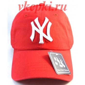 Бейсболка New York красная