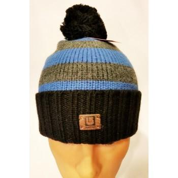 Зимняя вязанная шапка мужская черная