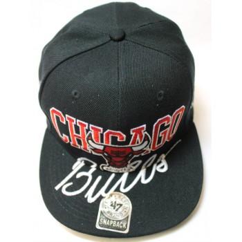 Кепка Chicago Bulls черная с прямым козырьком