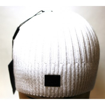 Шапка Armani белого цвета