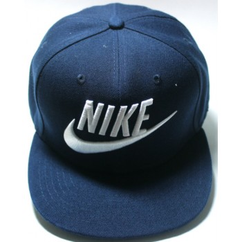 Кепка Nike синего цвета