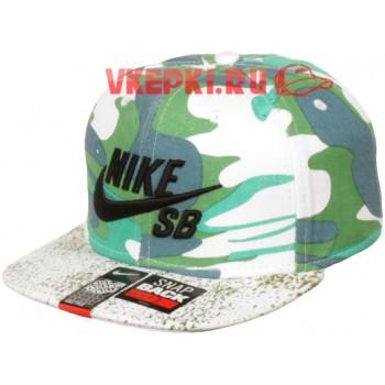 Кепка Nike бело-зеленая